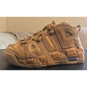 brand new 7c155 2cd56 Nike Shoes - NEW Nike Air More Uptempo SE Wheat Gum